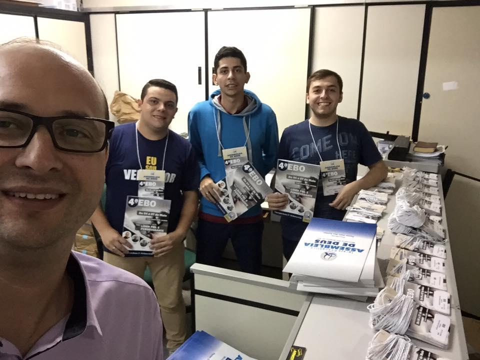 Ev Marcos Inacio Coordenador da EBO junto com Pedro Henrique de Cristo, Pedro Henrique de Cristo e Jean Souza.